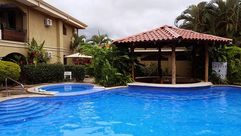 Photo gallery vacation rentals on the beaches of jaco for Costa rica luxury rentals