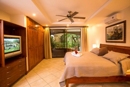 luxury condo jaco beach